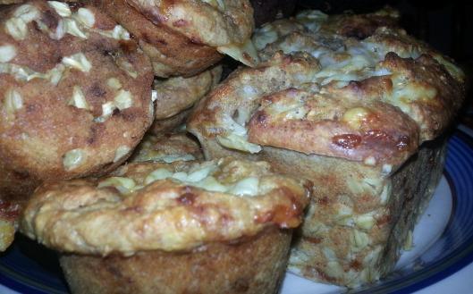 garlic-cheddar-muffins1