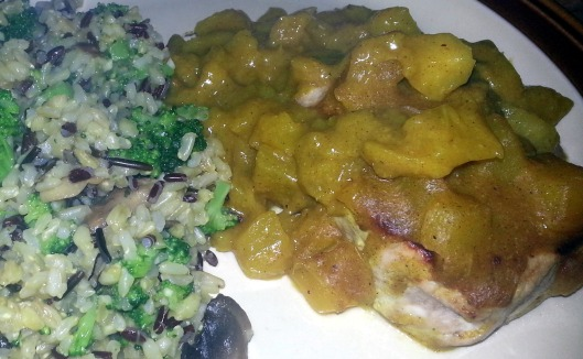 Mango Curry Pork and rice with mushrooms and broccoli